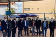 İYİ Parti Teşkilattı Seker mahallesinde pazar ziyaretindeydi