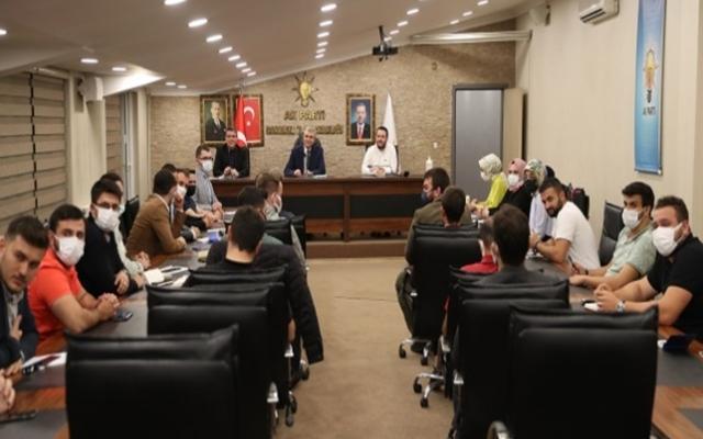 Başkan Yüce AK Partili gençlerle buluştu