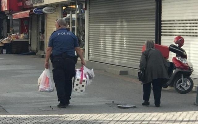 Polisten örnek hareket