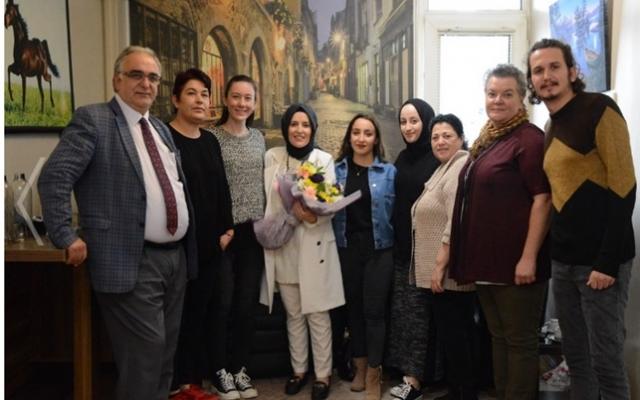 Semiha Özgür Sezer'e sürpriz doğum günü